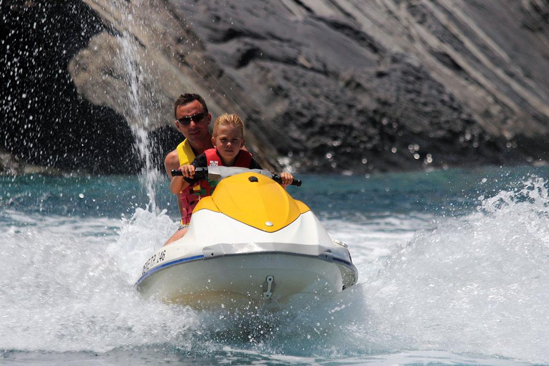 Lottie Watersports - Crete Water Sports - Rethimno